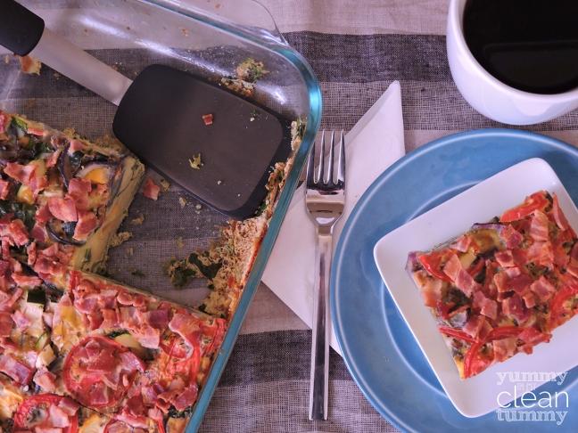 Zucchini, Squash, Kale, Tomato & Bacon Egg Bake Recipe | Organic, Paleo and Gluten Free | yummyinmycleantummy.com